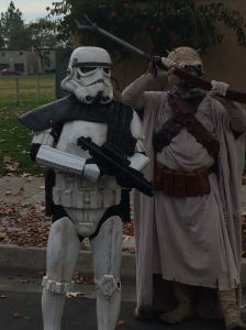 Troopers and Sand People working together